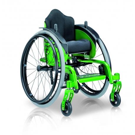 fauteuil roulant pour enfant