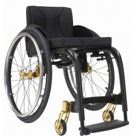 fauteuil roulant actif pliable par ciseau. Black Bedroom Furniture Sets. Home Design Ideas